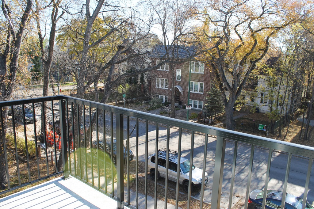5-balcony-view-2