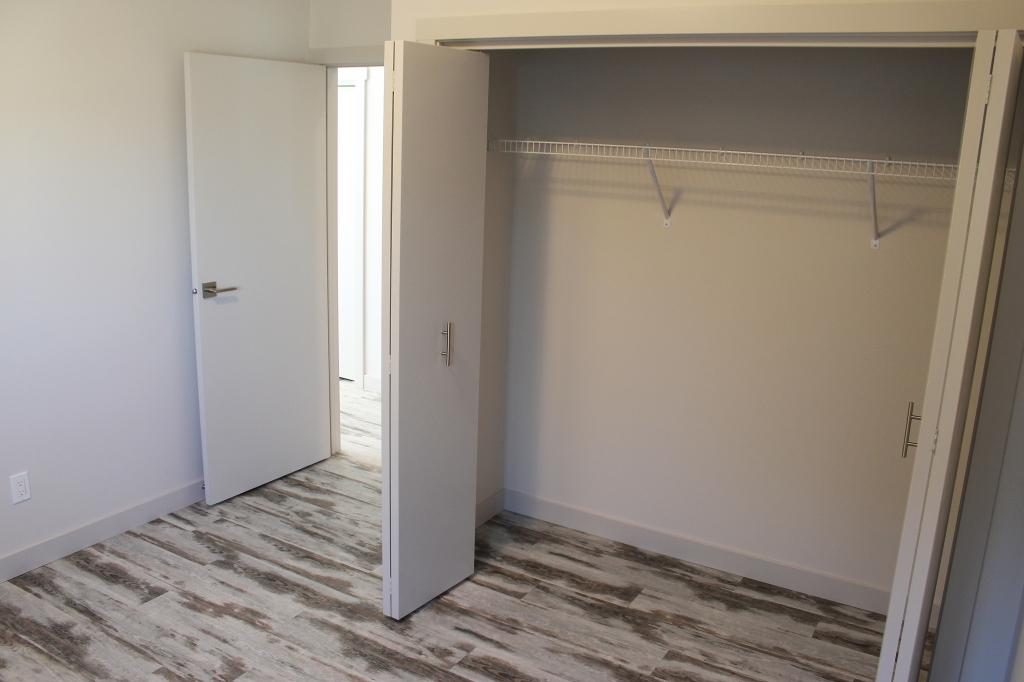 5-bedroom1-3